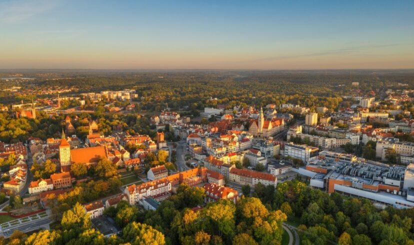 Fotowoltaika Warmińsko-mazurskie: instalacje fotowoltaiczne na Warmii i Mazurach